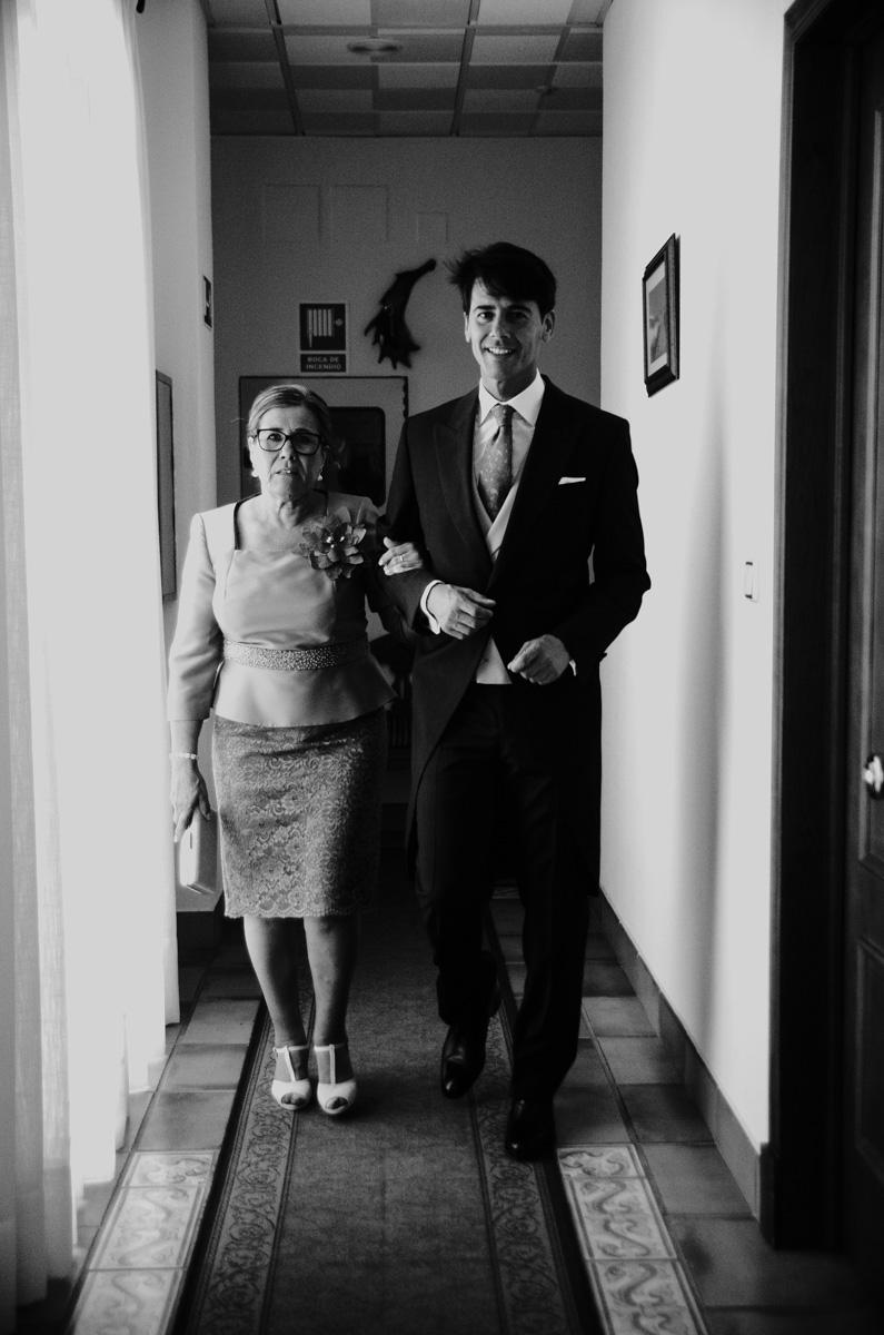 boda-en-hacienda-rosalejo-tino-fotografia-marta-jonatan-005